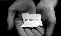 """Hạnh phúc nằm trong lòng bàn tay, em chỉ cần học cách """"nhận ra"""" thay vì nhọc công đi tìm kiếm"""