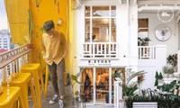 """Những tiệm cà phê đẹp lung linh hệt như """"châu Âu thu nhỏ"""" giữa lòng Sài Gòn"""