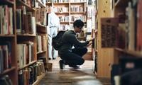 Bạn đọc sáng tác: Gửi đến chàng trai trong thư viện, người ngồi phía trước em