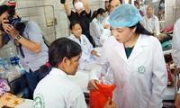 Bộ trưởng Y tế: Không để thêm bệnh nhân tử vong vụ chạy thận ở Hòa Bình