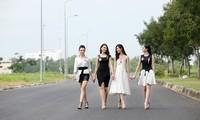 Ngày thứ Bảy vui vẻ của thí sinh Hoa hậu Việt Nam