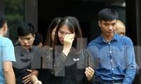 Dòng người nghẹn ngào tiễn biệt Thứ trưởng Giáo dục Lê Hải An