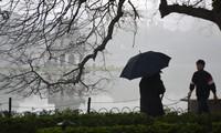 Thời tiết nồm ẩm, trời mù, tầm nhìn hạn chế trong ngày đầu tuần