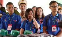Thành kính dâng hương tại khu di tích quốc gia đặc biệt Truông Bồn