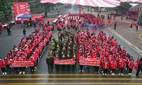 Tưng bừng diễu hành hưởng ứng Chủ nhật Đỏ lần thứ XIII