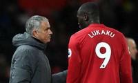 """HLV Mourinho hy vọng Romelu Lukaku sớm """"giải hạn"""" bàn thắng."""