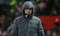 HLV Mourinho đối mặt với một án phạt từ FA.