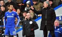 Salah ngầm trách cứ HLV Jose Mourinho vì không tin dùng mình.