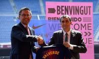 Chủ tịch Josep Maria Bartomeu đảm bảo tương lai cho HLV Ernesto Valverde.