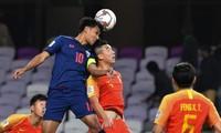 Thái Lan chia tay Asian Cup 2019 khi thua ngược Trung Quốc.