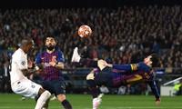Messi tỏa sáng giúp Barcelona vượt qua M.U.
