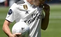 Adidas vừa gia hạn hợp đồng tài trợ thêm 12 năm với Real Madrid.
