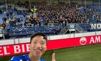 Đoàn Văn Hậu trong ngày ra mắt đội 1 SC Heerenveen.