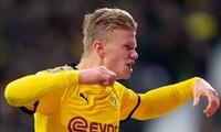 Erling Haaland tiếp tục thăng hoa trong màu áo Dortmund.