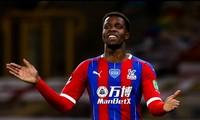 Wilfried Zaha muốn rời Crystal Palace để tìm tới một bến đỗ giàu tham vọng hơn.