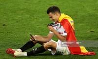 Sergio Reguilon trên đường gia nhập Tottenham.