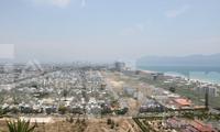 """Thị trường bất động sản tại TP Đà Nẵng đang """"ấm"""" trở lại sau thời gian dài im ắng. Ảnh: Nguyễn Thành."""