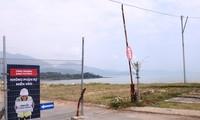 Rào chắn tại bãi biển cuối đường Nguyễn Tất Thành (quận Liên Chiểu, Đà Nẵng) đã được tháo dỡ. Ảnh Nguyễn Thành