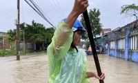 Bão chồng lũ, Đà Nẵng 4 người mất tích, nhiều khu vực tiếp tục ngập sâu