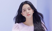 """Nhìn bộ ảnh quảng cáo mới của Jisoo mà netizen thở phào """"May bình thường Jisoo không thế"""""""