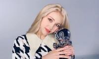Jeon Somi lại hành động khác người khi dám công khai làm một điều mà các idol muốn giấu kỹ