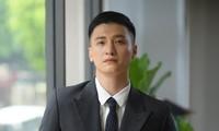 Hết khoe ảnh bán khỏa thân, Huỳnh Anh lại kể chuyện 'giường chiếu' với bạn gái cũ