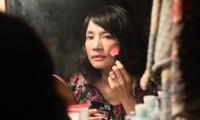 Hậu trường 'đẫm nước mắt' của sao nữ Hoa ngữ đầu tiên đóng cảnh 'nóng' thật 100%