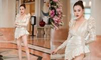 Phương Oanh (Hương Vị Tình Thân) từng suýt gặp sự cố khi diện một chiếc váy quá hiểm hóc