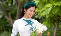 Dù hôn lễ chưa biết khi nào mới tổ chức nhưng Hoa hậu Ngọc Hân vẫn vui vẻ làm điều này