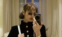 Vừa khoe ảnh chụp tại Pháp, Lisa bị phát hiện thay đổi chi tiết này trên gương mặt