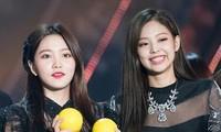 """Yeri có oan ức khi bị cho là """"chuyên gia sao chép"""": Từ Taeyeon, IU và giờ là Jennie?"""
