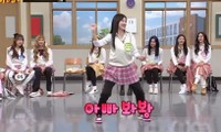 Fan sửng sốt khi Naeun (April) làm động tác tế nhị trước máy quay: Đáng yêu hay quá đà?