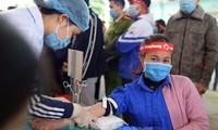 Hàng nghìn người chung tay giúp hành trình Chủ Nhật Đỏ 2021 tiếp nhận lượng máu kỷ lục