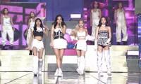 BLACKPINK diện toàn đồ đẹp trong concert The Show nhưng vẫn có một bộ khiến netizen khó cảm