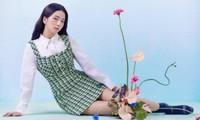 Vừa mời Jisoo làm nàng thơ, nhãn hàng thời trang này đã bị netizen chê bai vì sửa ảnh quá đà