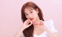 """Vừa mới là """"Nữ idol đẹp nhất K-Pop"""", Naeun (April) đã gặp scandal lớn nhất sự nghiệp"""
