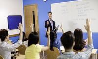 Thiếu giáo viên nước ngoài, các trung tâm tiếng Anh và trường quốc tế xoay xở ra sao?