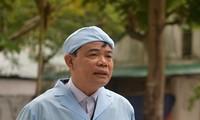 Bộ trưởng NN&PTNT Nguyễn Xuân Cường cảnh báo các doanh nghiệp, trang trại về tình trạng găm hàng, thổi giá