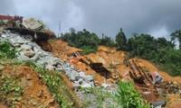 Mưa lớn liên tục làm ảnh hưởng đến công tác tìm kiếm cứu nạn ở thuỷ điện Rào Trăng 3 (Ảnh: TN)