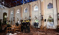 Hiện trường vụ đánh bom đẫm máu.