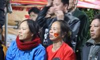 Mẹ trung vệ Bùi Tiến Dũng tiếc cho tuyển Việt Nam