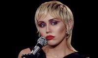 """Bật mí những điều ít ai biết về MV """"Midnight Sky"""" từ admin fanpage Miley Cyrus Vietnam"""