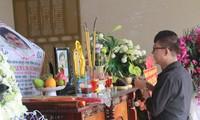 Con gái NSƯT Chánh Tín: 'Tro cốt ba sẽ hòa vào dòng suối nơi ông nội yên nghỉ'