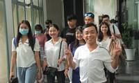 Tân sinh viên chia sẻ điều bổ ích với chương trình học bổng 'Nâng bước thủ khoa' 2020
