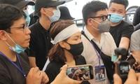 Việt Hương đeo khăn tang chia sẻ thông tin mới nhất quanh tang lễ nghệ sỹ Chí Tài
