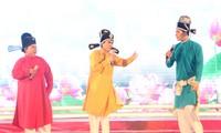 Vào vai Táo quân, Huỳnh Lập bắn rap vui nhộn trên sân khấu gala Mai Vàng