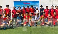 Đội bóng Trường THPT Thành Nhân vô địch giải Tiền Phong Champion Cup 2020