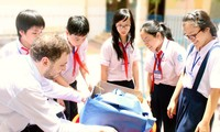 giáo viên nước ngoài trong chương trình Tiếng Anh tích hợp của EMG (EMG)
