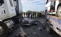 Hiện trường vụ tai nạn khiến 13 người tử vong