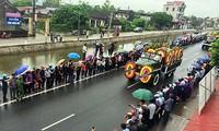 Nghìn người đội mưa đón linh cữu Chủ tịch nước về quê nhà
